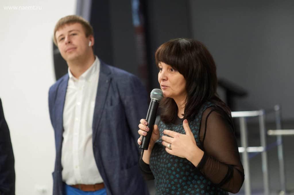 Фотоотчет с вернисажа ArtGenius прошедшего в рамках АЭМТ 2018. Омск.
